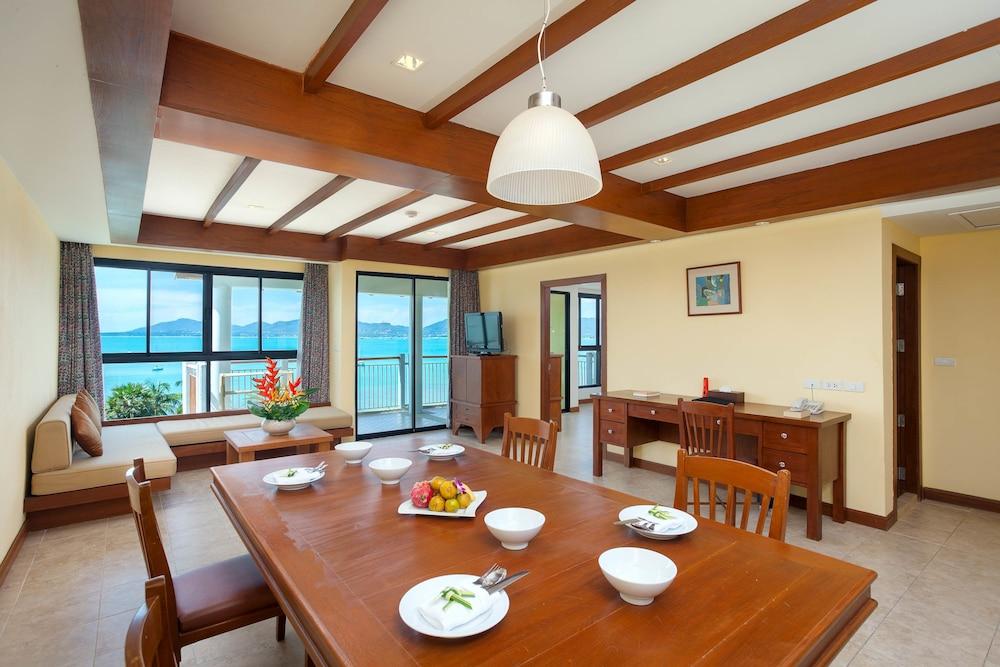 바이 더 씨(By the Sea) Hotel Image 8 - In-Room Dining