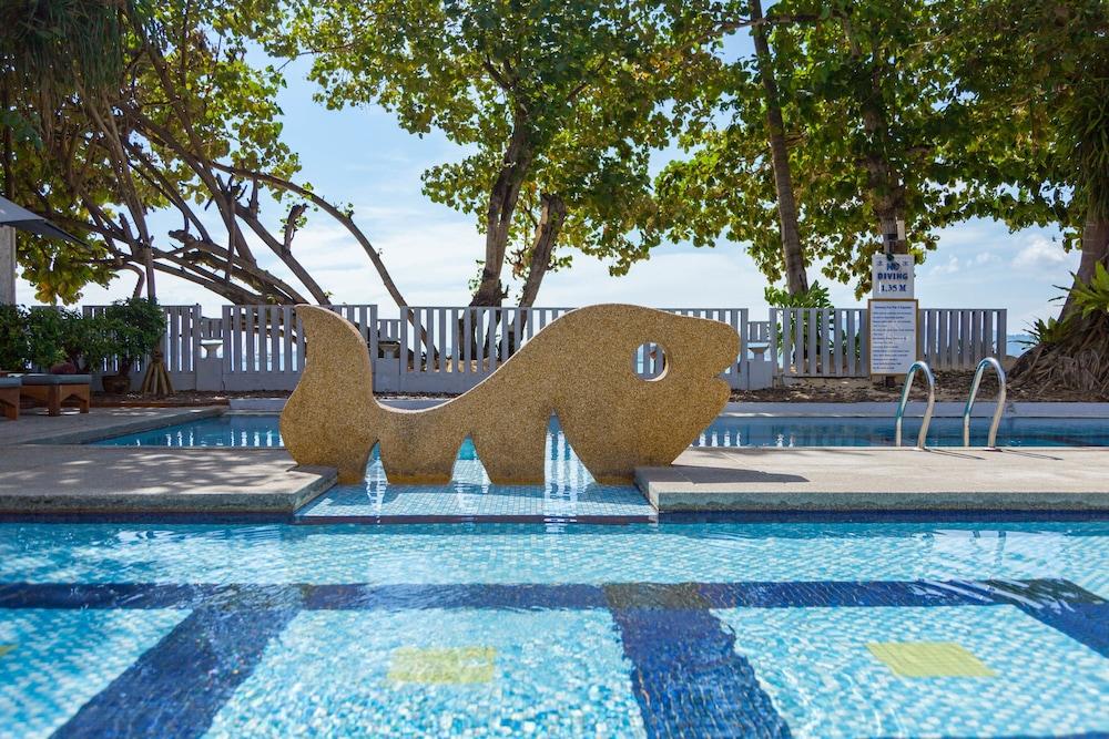 바이 더 씨(By the Sea) Hotel Image 27 - Childrens Play Area - Outdoor