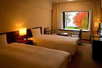 ツインルーム B (エキストラベッド1台設置可能)|十和田プリンスホテル