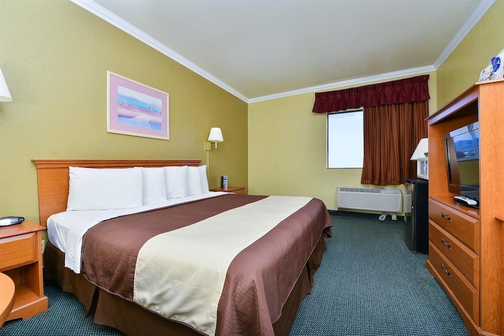 아메리카스 베스트 밸류 인 프레스콧 밸리(Americas Best Value Inn Prescott Valley) Hotel Image 5 - Guestroom