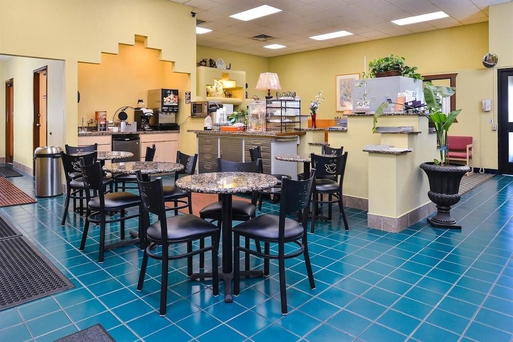 아메리카스 베스트 밸류 인 프레스콧 밸리(Americas Best Value Inn Prescott Valley) Hotel Image 11 - Dining
