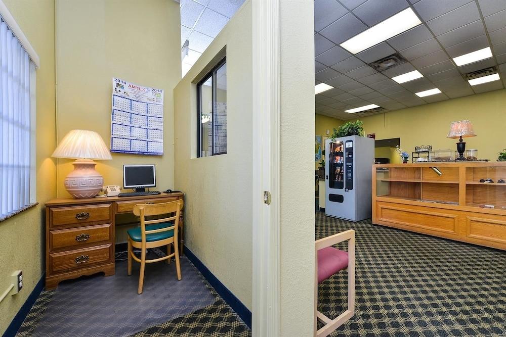 아메리카스 베스트 밸류 인 프레스콧 밸리(Americas Best Value Inn Prescott Valley) Hotel Image 13 - Business Center