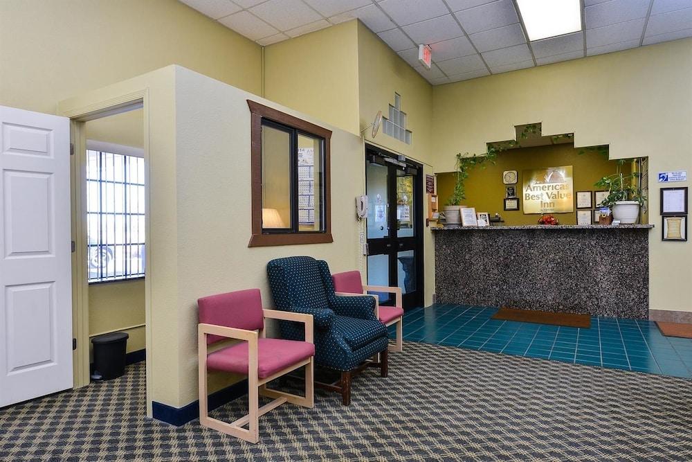 아메리카스 베스트 밸류 인 프레스콧 밸리(Americas Best Value Inn Prescott Valley) Hotel Image 1 - Lobby