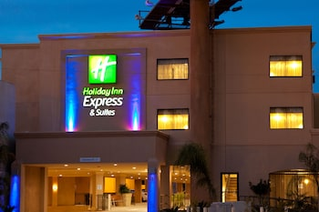 伍德蘭希爾斯智選假日套房飯店 Holiday Inn Express Hotel & Suites Woodland Hills