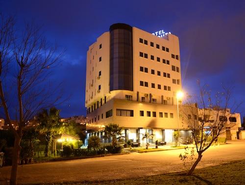 . Hôtel El Yacouta