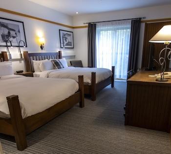 Superior Room, 2 Queen Beds, Terrace