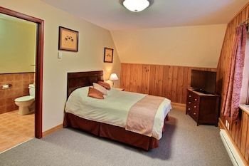 Comfort Room with 1 Double Bed at the Élan Pavilion