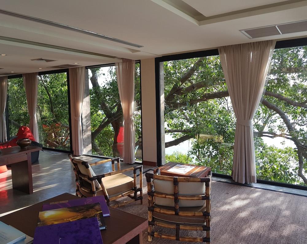 https://i.travelapi.com/hotels/3000000/2900000/2898300/2898282/22c0f080_z.jpg