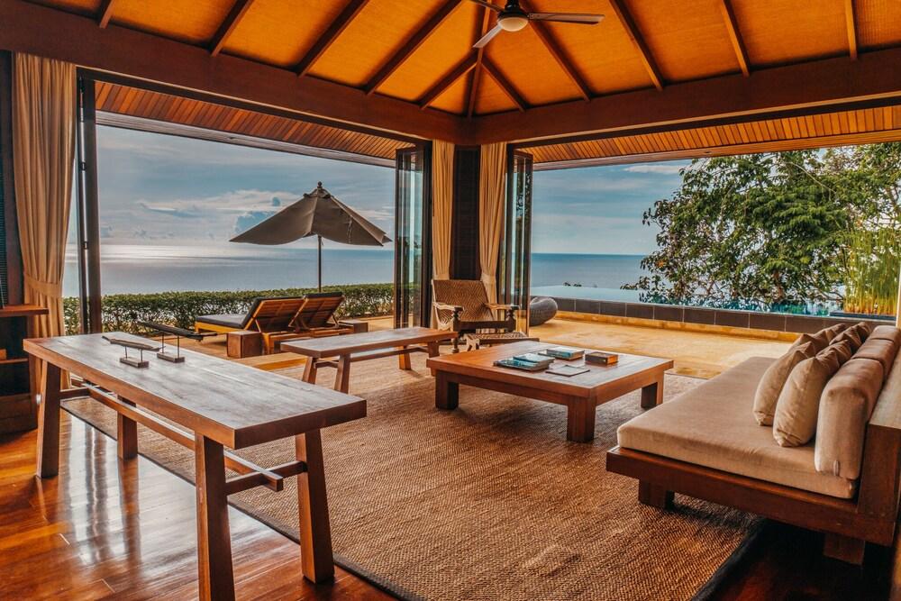 https://i.travelapi.com/hotels/3000000/2900000/2898300/2898282/7708d317_z.jpg