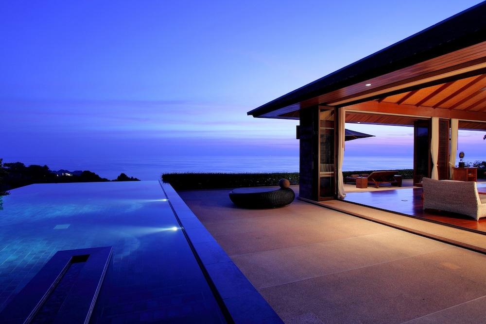 https://i.travelapi.com/hotels/3000000/2900000/2898300/2898282/e9b0d36a_z.jpg