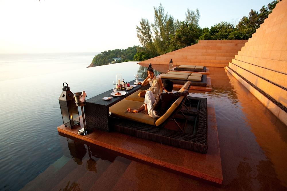 https://i.travelapi.com/hotels/3000000/2900000/2898300/2898282/f53495d0_z.jpg