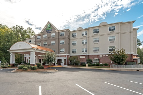 . Holiday Inn Express & Suites Lagrange I-85