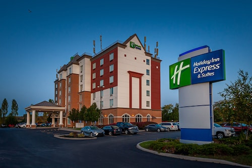 . Holiday Inn Express Hotel & Suites CLARINGTON - BOWMANVILLE, an IHG Hotel