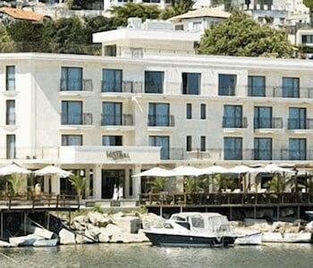 Hotel - Mistral