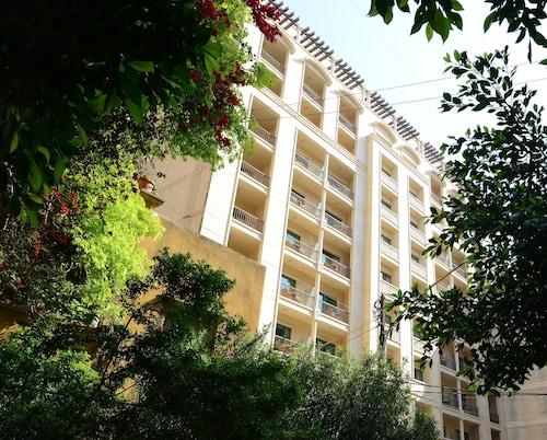 . Coral Beirut Al Hamra Hotel