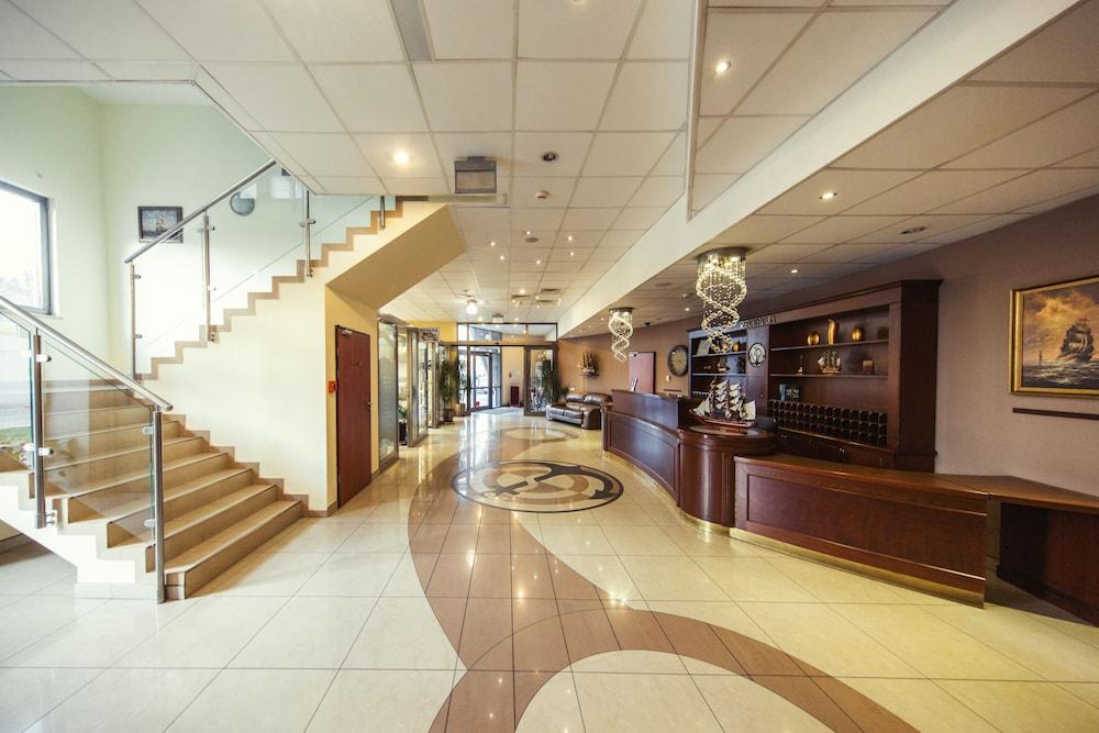 Hotel Conrad, Imagem em destaque