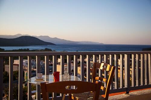Elpida Village, Crete