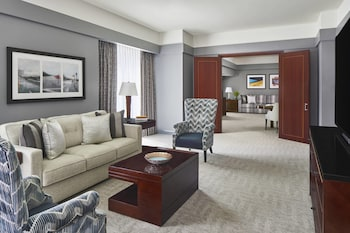 Suite, Multiple Beds (Uptown Suite, 1 Bedroom)