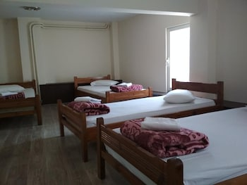 Standard Shared Dormitory, Mixed Dorm (7 Beds)