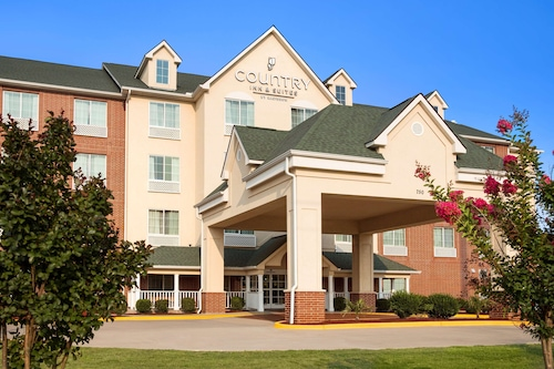 . Country Inn & Suites by Radisson, Conway, AR