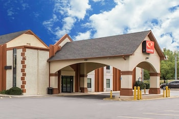 Hotel - Econo Lodge At Six Flags