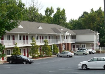 Hotel - Affordable Suites Salisbury