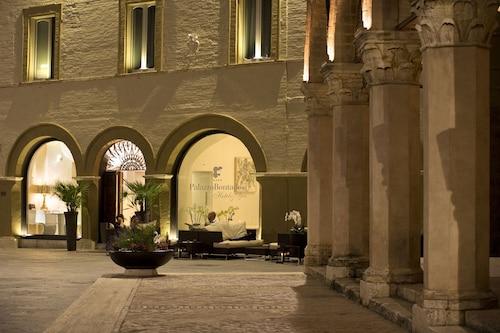 __{offers.Best_flights}__ Palazzo Bontadosi Hotel & Spa