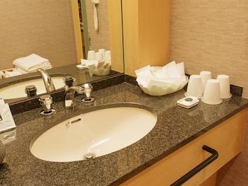 HOTEL GRAND ARC HANZOMON Bathroom Sink