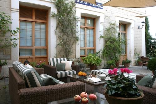 __{offers.Best_flights}__ Rusticae Hotel LEstació