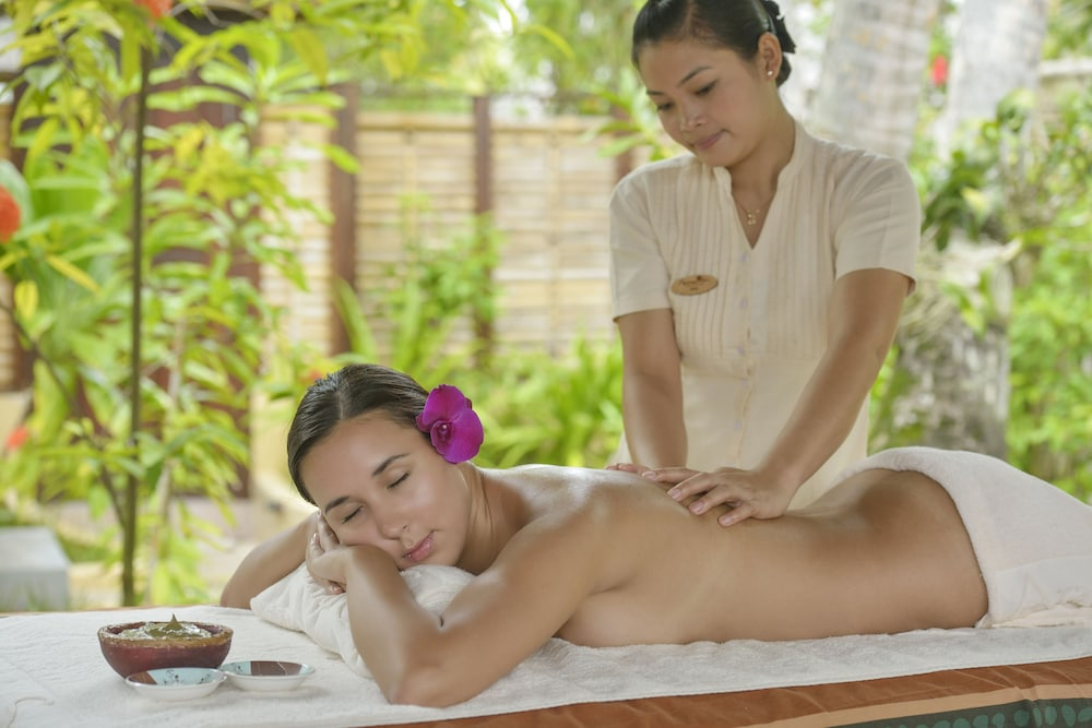 선 아일랜드 리조트 앤드 스파(Sun Island Resort & Spa) Hotel Image 42 - Massage