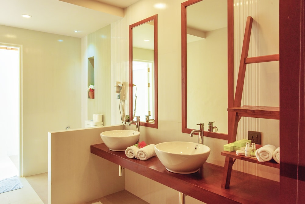 선 아일랜드 리조트 앤드 스파(Sun Island Resort & Spa) Hotel Image 33 - Bathroom