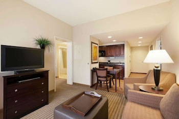 Suite, 2 Queen Beds, Accessible, Non Smoking (Mobility & Hearing, Roll-in Shower)