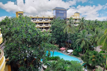 Paradise Garden Resort Hotel & Convention Center Boracay Featured Image