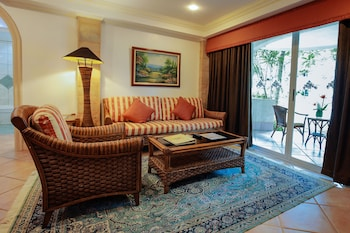 Paradise Garden Resort Hotel & Convention Center Boracay Living Room