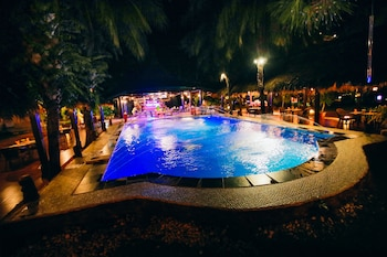 Paradise Garden Resort Hotel & Convention Center Boracay Outdoor Pool