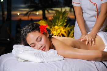 Paradise Garden Resort Hotel & Convention Center Boracay Massage