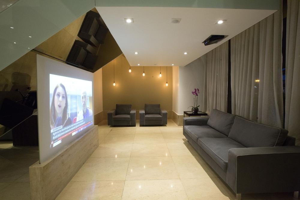 노빌 스위트 모누멘탈(Nobile Suites Monumental) Hotel Image 1 - Lobby Sitting Area