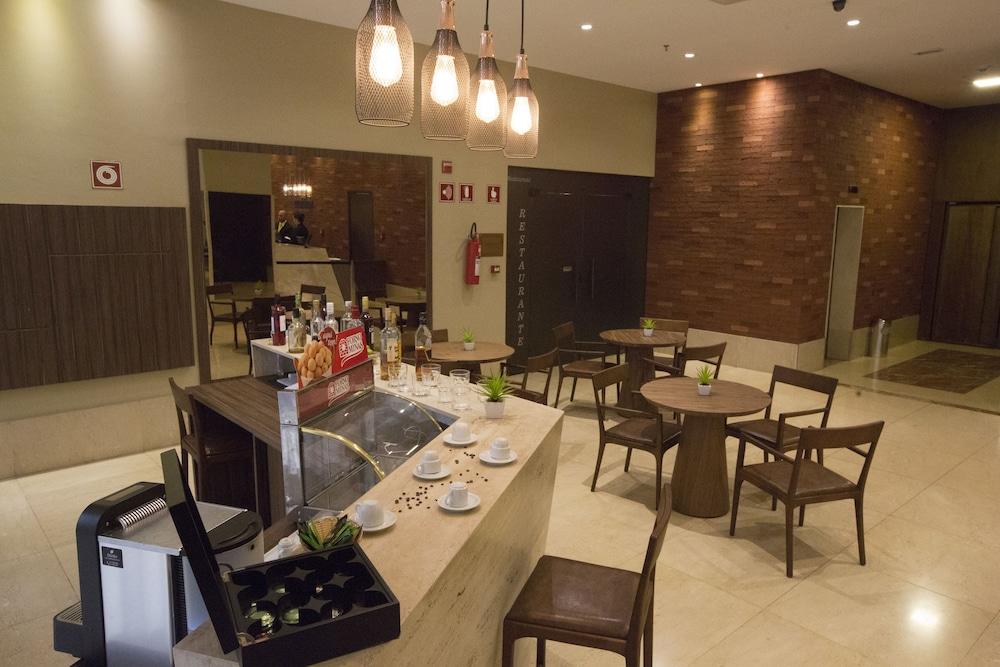 노빌 스위트 모누멘탈(Nobile Suites Monumental) Hotel Image 30 - Restaurant