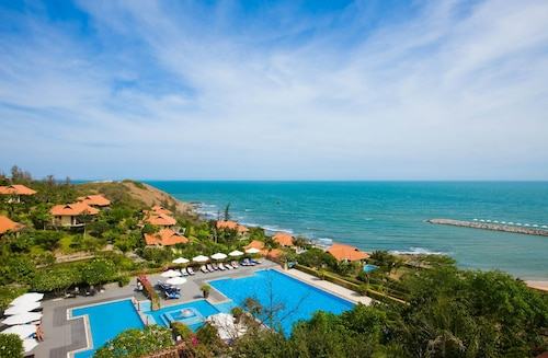 . Romana Resort & Spa