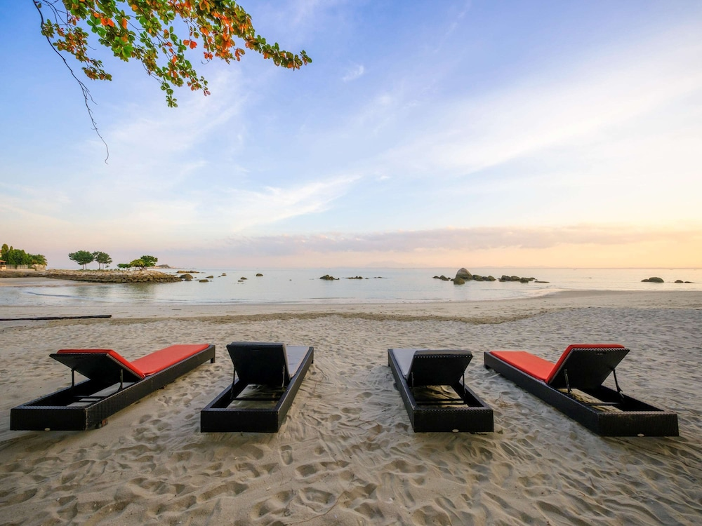 Mercure Penang Beach, Featured Image