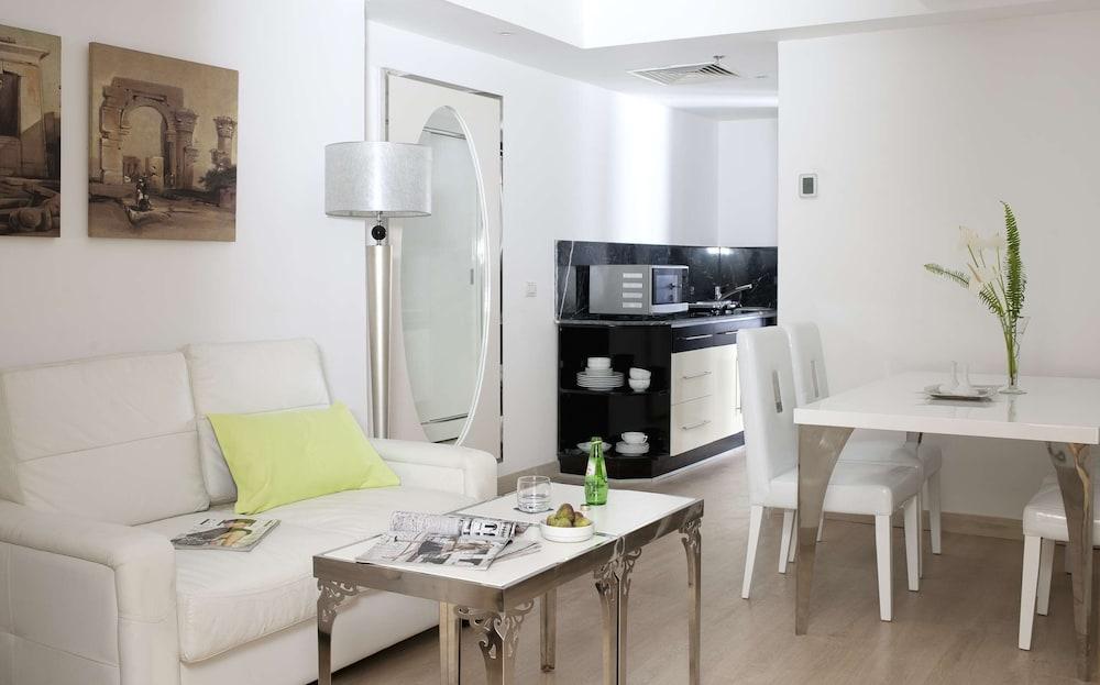 バルセロ カイロ ピラミッド