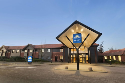 . Days Inn by Wyndham Stevenage North