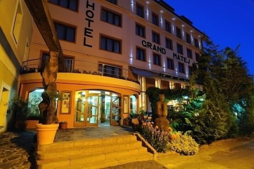 . Hotel Grand Matej