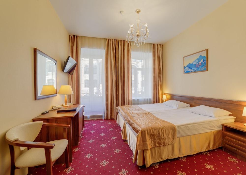 Club Hotel Agni, Sankt-Peterburg gorsovet