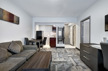 Superior Suite, 2 Double Beds, Kitchen