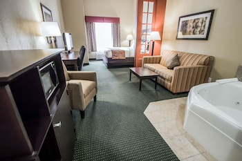 Guestroom at Comfort Suites Orlando Airport in Orlando