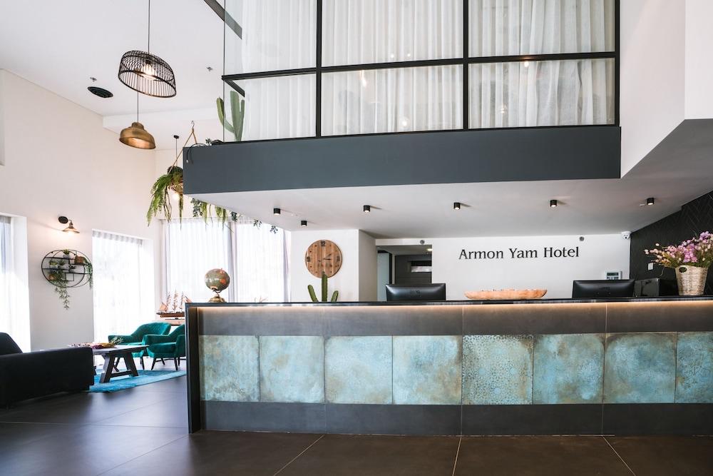 Armon Yam Bat Yam Hotel