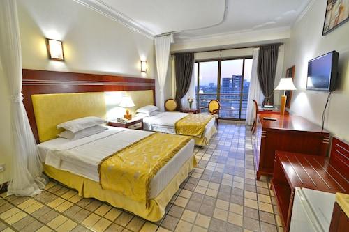 Hotel Africana, Kampala
