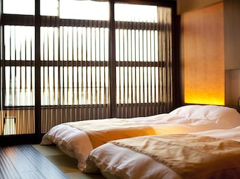 ASUKASOU Room