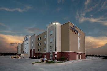 Hotel - Candlewood Suites San Antonio Northwest Near Seaworld